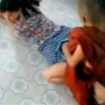 ※【本物僧侶レイプ】とんだナマグサ坊主だな・・・仏教徒の僧侶によりケツの穴にペニスを挿入され中出しされるミャンマーの女の子の映像が撮られていた